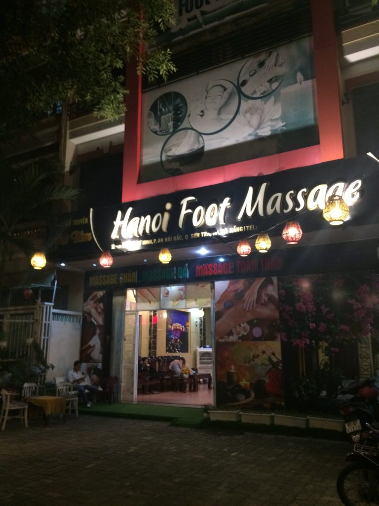 Danang hotel, Golden House Hotel, foot massage