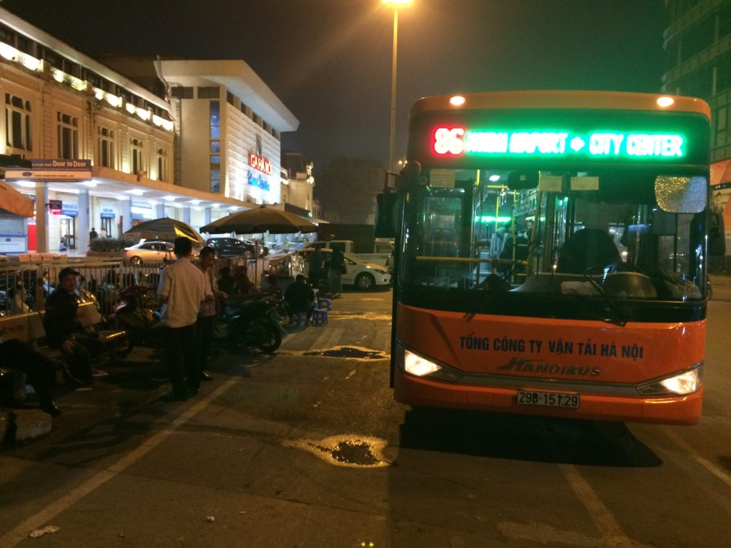 Bus Express 86 from Hanoi Station to Hanoi Noi Bai Airport